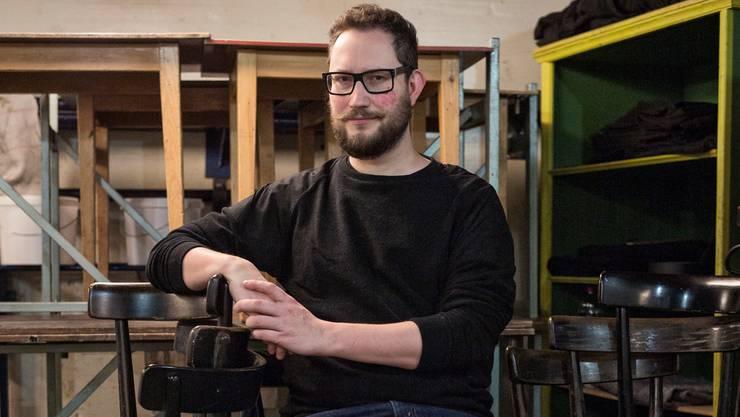 Fabian Degen ist seit ungefähr 20 Jahren Statist am Theater Basel – Statist aus Leidenschaft. Roland Schmid