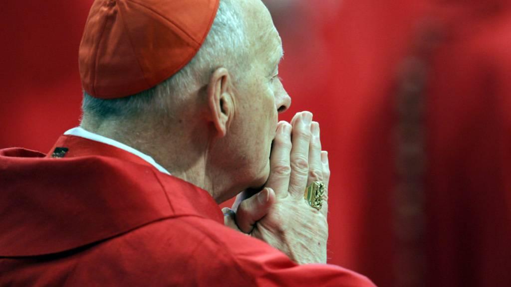 US-Kardinal verteilte hunderttausende Dollar an Geistliche