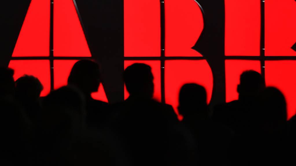 ABB hat vor allem gegen Schluss des ersten Quartals viel verkauft und kann daher die Prognosen erhöhen. (Archivbild)