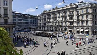 Die Banken - hier UBS und CS am Zürcher Paradeplatz.