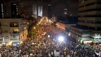 Protestzug im Zentrum Tel Avivs