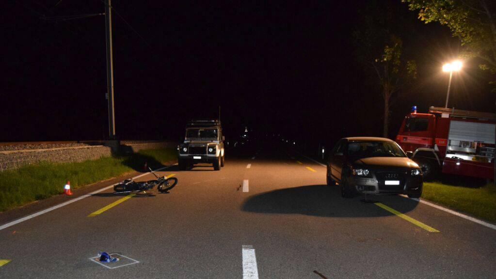 Bei einem Verkehrsunfall in Waldstatt AR ist am Freitagabend eine jugendliche Mofalenkerin verletzt worden.