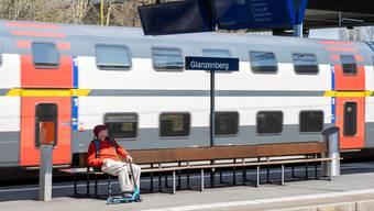 Im öffentlichen Verkehr sind derzeit viel weniger Leute unterwegs.