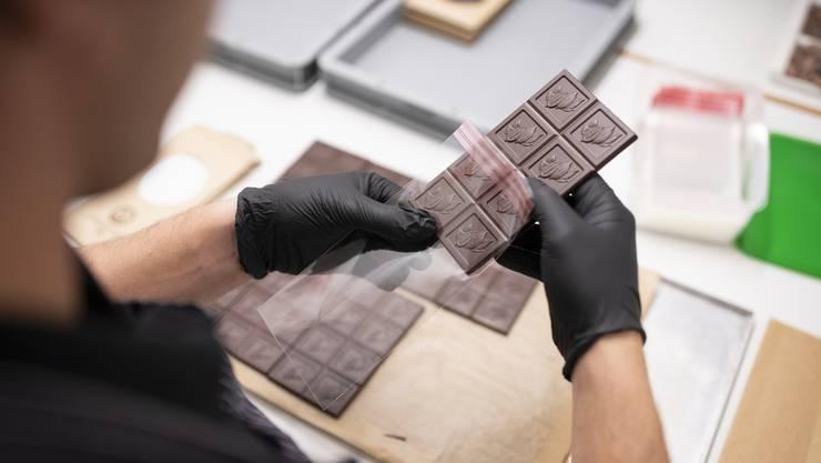 Die Schweizer Schokoladeindustrie hat trotz Inland-Rückgang ein Umsatzplus von einem Prozent erreicht.