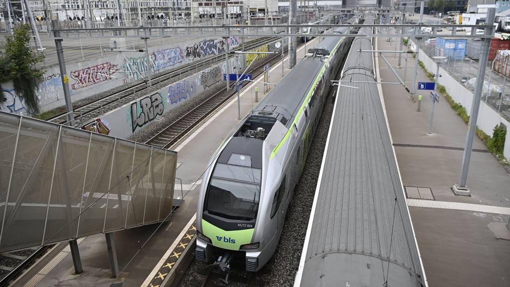 Fahrleitungsstörung beim Bahnhof Bern: 400 Passagiere evakuiert