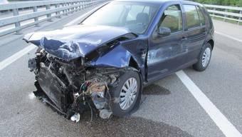 Blechschaden nach Sekundenschlaf. Der 48-jährige Lenker blieb dagegen unverletzt.