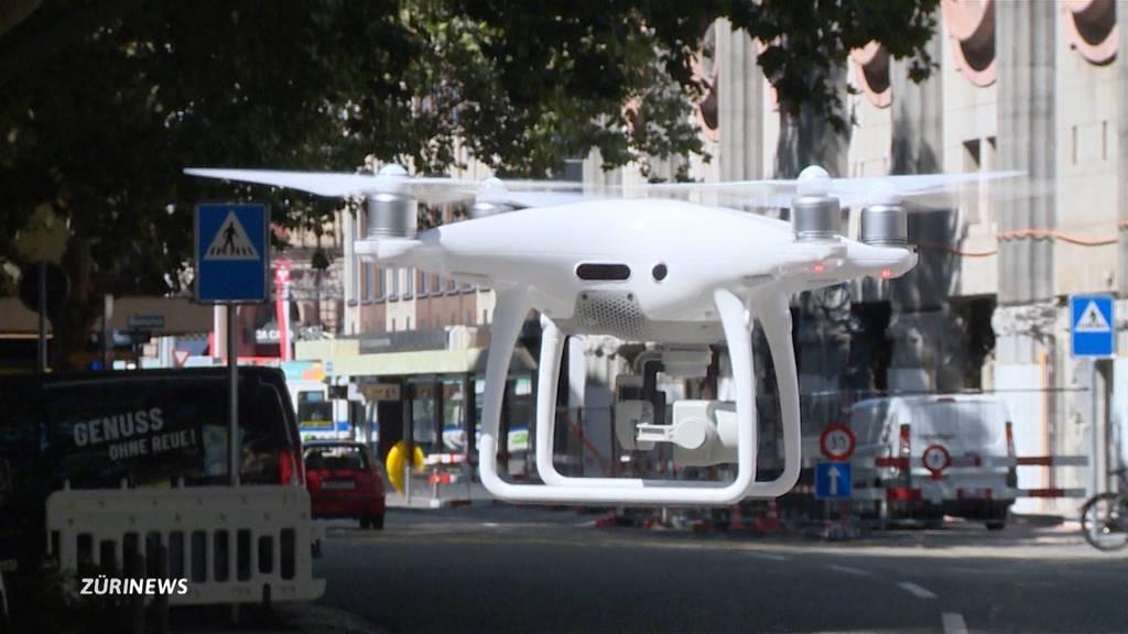 Drohnenjagd an der Street Parade