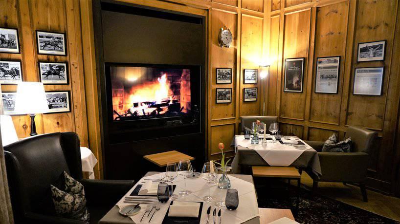 Die Tropaios Lounge in Tschiertschen (© zVg)