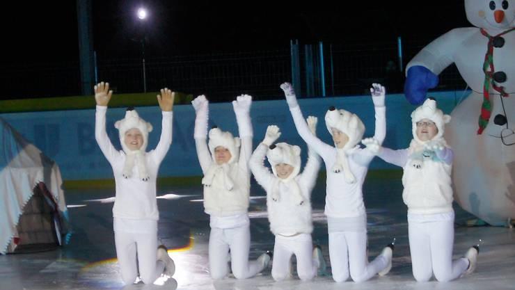 Die kleinen Eisbären erfreuten das Publikum besonders.