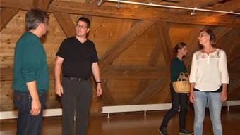 Die ersten Proben für das Stück finden im Inneren der Mühle statt.