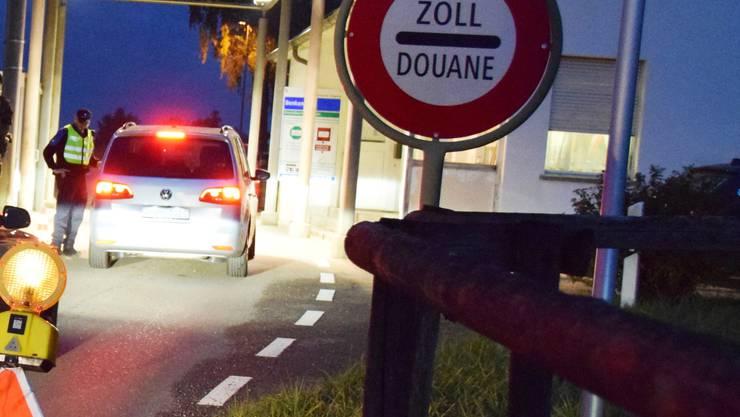 Der Grenzübergang Biel-Benken wird wieder freigegeben. (Archiv)