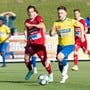 Stefano Cirelli (l.) und der FC Baden kamen gegen Langenthal oft einen Schritt zu spät.