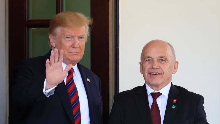 Donald Trump und Ueli Maurer vor dem White House in Washington am Donnerstag.