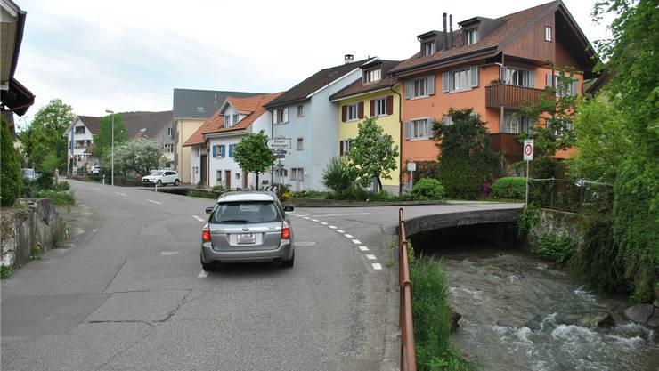 Die Adlerbrücke wird im Rahmen der Strassensanierung neu gebaut. Archiv