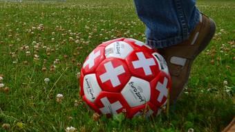Fussballspiel von Junioren an einem Samstagnachmittag im Spätsommer. (Symbolbild)
