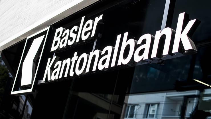 Sandra Lienhart räumt den Chefsessel bei der Bank Cler.  Die Basler Kantonalbank setzt nach der vollständigen Übernahme von Cler auf ein neues Management.