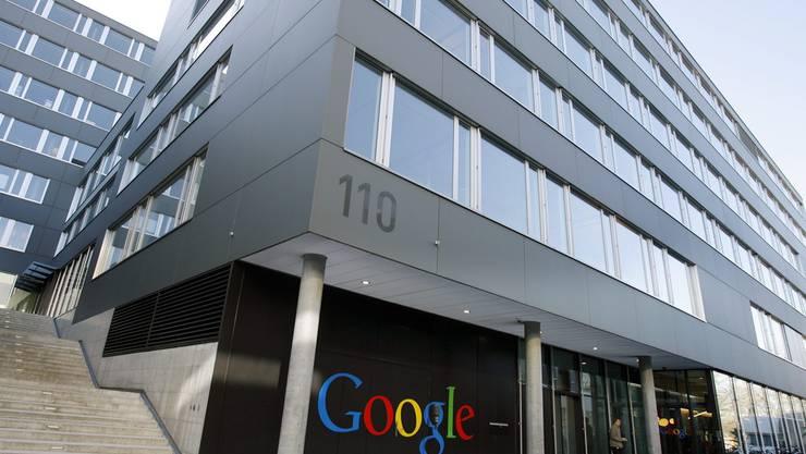 """Auch bekannt als die """"Datenkrake"""": Google"""