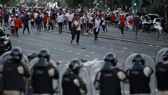 Polizei-Einsatz vor dem Final-Rückspiel der Copa Libertadores in Buenos Aires