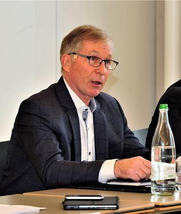 Gemeinsam mit anderen Challenge-League-Präsidenten initiierte Alfred Schmid den Antrag für die SFL-Generalversammlung im Mai 2018, erneut über die Wiedereinführung der Barrage abzustimmen.