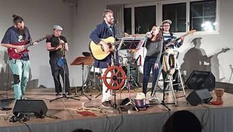 Liedermacher Andreas Fröhlich mit Sängerin Myriam Mazzolini.