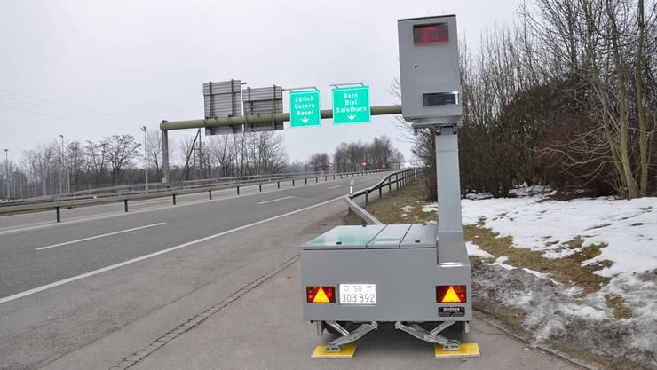 Im Aargau kommen keine stationären oder semistationären Radargeräte (hier das Modell Bredar) zum Einsatz, anders als in den Kantonen Solothurn oder Zürich.