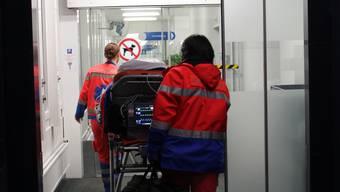 Über 4000 Patienten im Juli: Seit mehr als 10 Jahren hatte die Notaufnahme des Kantonsspitals nicht mehr so viel zu tun.