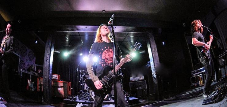 Die amerikanische Post-Grunge-Band aus Kansas City wird für rockige Stimmung sorgen.