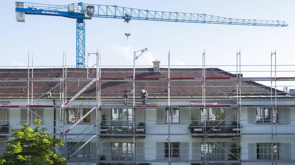 Wohnungsinitiative scheitert am Ständemehr ++ Diskriminierungsverbot kommt durch