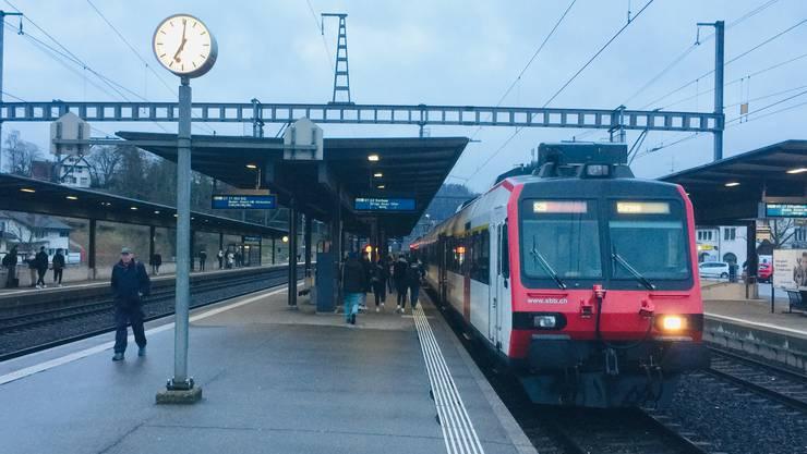 Die westliche Bahnhofseinfahrt des Bahnhofs Turgi wird erneuert. (Archivbild)