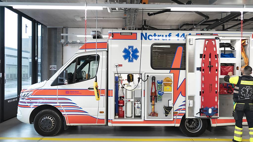 Im Kanton Aargau sollte ein Rettungswagen bei  Notfällen innerhalb von 15 Minuten vor Ort sein. Diese Vorgabe wird jedoch nicht immer erfüllt. (Symbolbild)