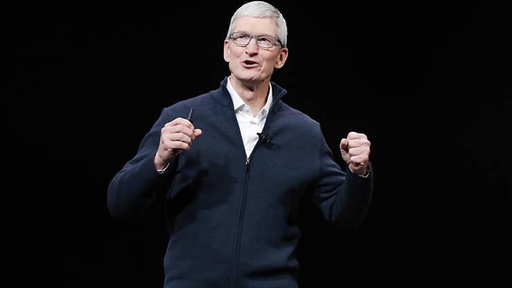 Der Konzernchef von Apple kann sich über noch mehr Geld freuen. (Archivbild)