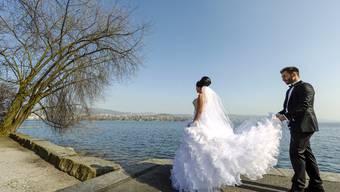 Für viele der schönste Tag im Leben – doch nach der Hochzeit kann das böse steuerliche Erwachen kommen.