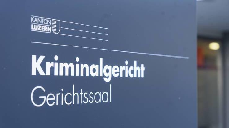 Staatsanwaltschaft Luzern beantragt 20 Jahre Freiheitsstrafe für Hammer-Mord