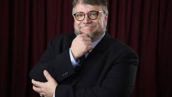 Warum ging Guillermo del Toro heuer ohne seine Lebensgefährtin Lorenza Newton an die Oscars? Weil sich die beiden vor einem halben Jahr still und heimlich nach 30 Ehejahren haben scheiden lassen. (Archivbild)