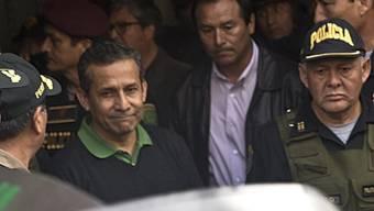 Nach schweren Korruptionsvorwürfen ist Perus Ex-Präsident Ollanta Humala (links) in Untersuchungshaft genommen worden.