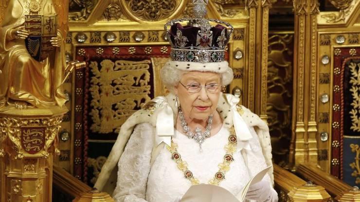 Königin Elizabeth II sitzt am 6. Februar 2017 seit 65 Jahren auf dem Thron, gefeiert werden will sie dafür nicht. (Archiv)
