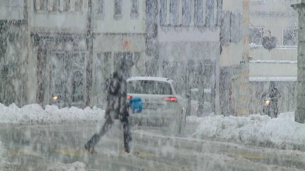 Wintercomeback führt zu Verkehrskollaps