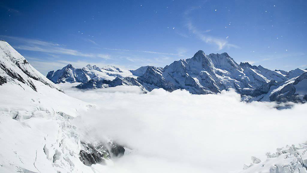 «Top of Europe» ist zwar immer noch ein beliebtes Ausflugsziel. Doch die Jungfraubahn-Gruppe musste kräftig ins Marketing investieren, um Gäste aus Asien von der Schweiz zu überzeugen. (Archiv)