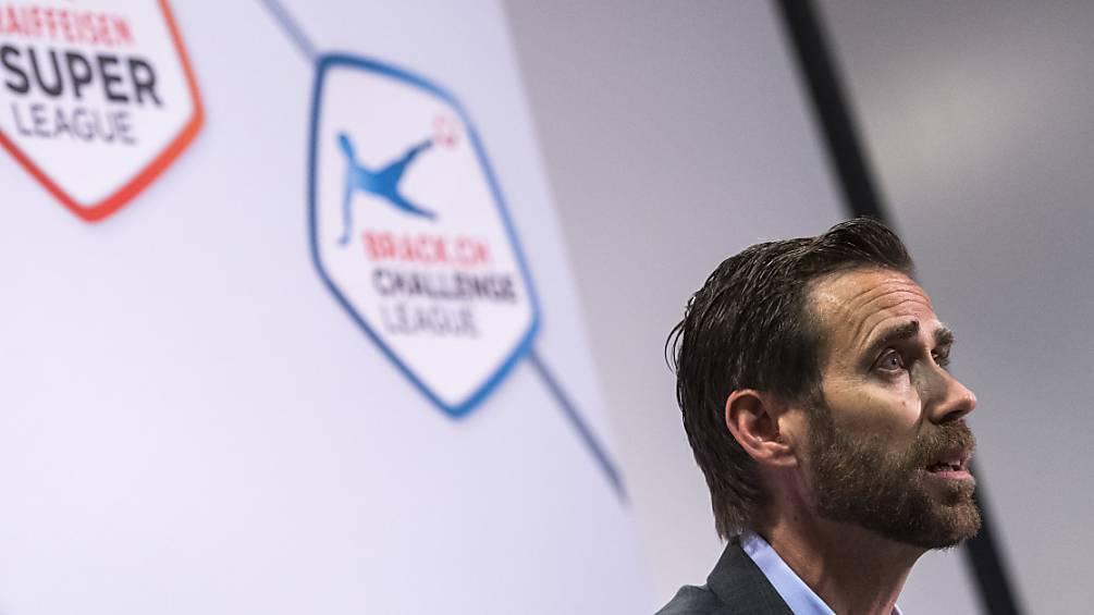 Claudius Schäfer, der CEO  der Swiss Football League, sieht auch über der kommenden Saison dunkle Wolken aufziehen.