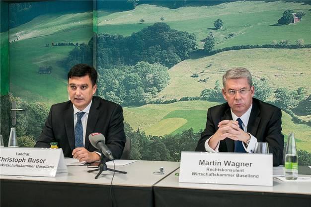 Wirtschaftskammer-Direktor Christoph Buser und Rechtskonsulent Martin Wagner. (Archiv)