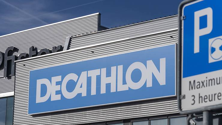 Die französische Sportartikelkette Decathlon will nach der Übernahme der Athleticum-Läden vor allem in der Deutschschweiz stark expandieren. (Archivbild)