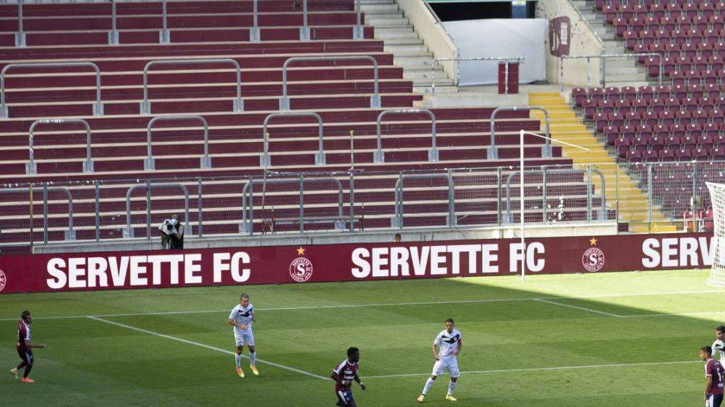 Gebremst vom Coronavirus: An diesem Wochenende werden weder Servette noch Lugano ihr Heimspiel austragen können