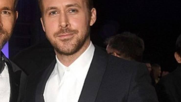 Retourkutsche von Blake Lively: Die US-Schauspielerin postete auf Instagram ein Bild von Schauspieler Ryan Gosling (rechts) und ihrem nur halb sichtbaren Ehemann Ryan Reynolds (links). (Instagram)