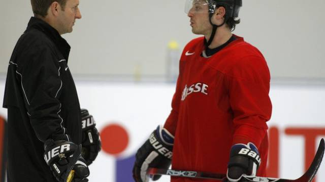 Nationalcoach Ralph Krueger (links) mit Captain Mark Streit
