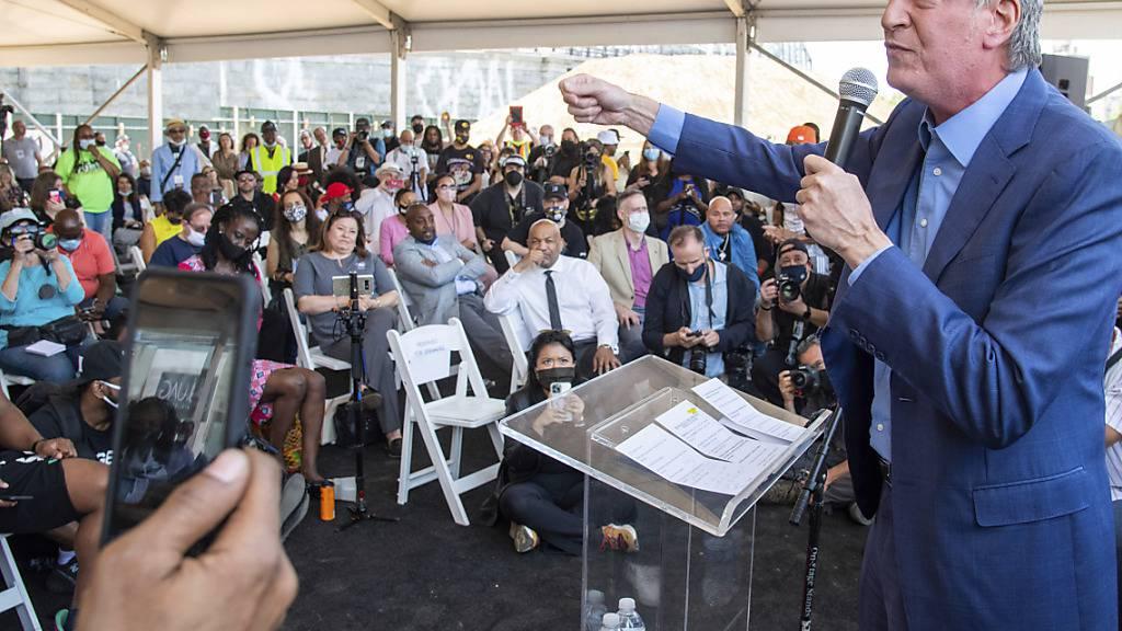 Nach Protesten: New Yorks Bürgermeister kündigt