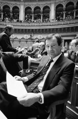 1987 wurde er in den Nationalrat gewählt. Ursprünglich politisierte er für die CVP. Nachdem die Partei ihn jedoch nicht für die Nationalratswahlen nominierte, wechselte er zur SVP.