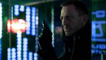 James Bond ist in Skyfall wieder im Einsatz ihrer Majestät.