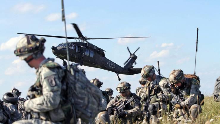 NATO-Soldaten bei einer Übung in Deutschland (Archiv)