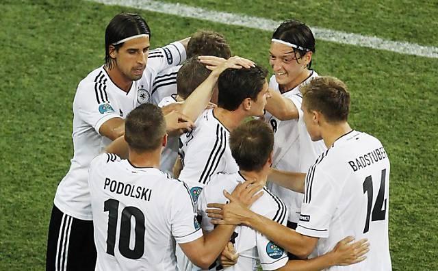 Deutschland schlägt Holland mit 2:1 - die Tore