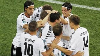 Deutschlang schlägt Holland mit 2:1 - die Tore